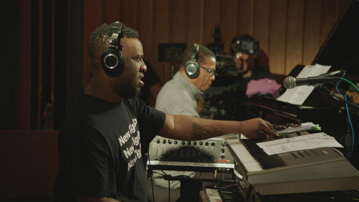 MAIN_Robert Glasper & Herbie Hancock_(c)MIRA FILM